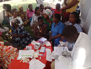STRENGTHENING COMMUNITY RESPONSE AGAINST HIV& AIDS IN RAKAI DISTRICT (funded by The Civil Society Fund (CSF).